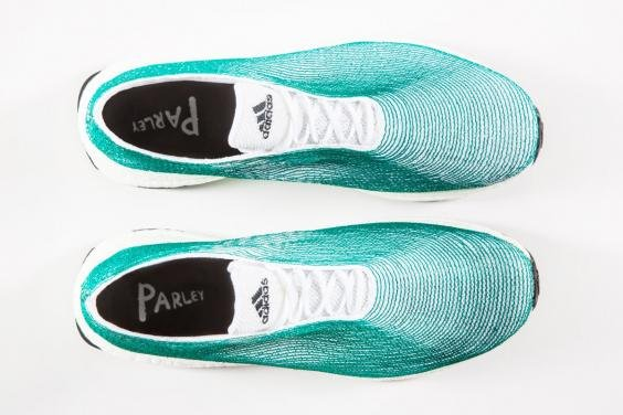adidas-top-2-jpg__564x376_q85_crop_subject_location-282188_subsampling-2_upscale