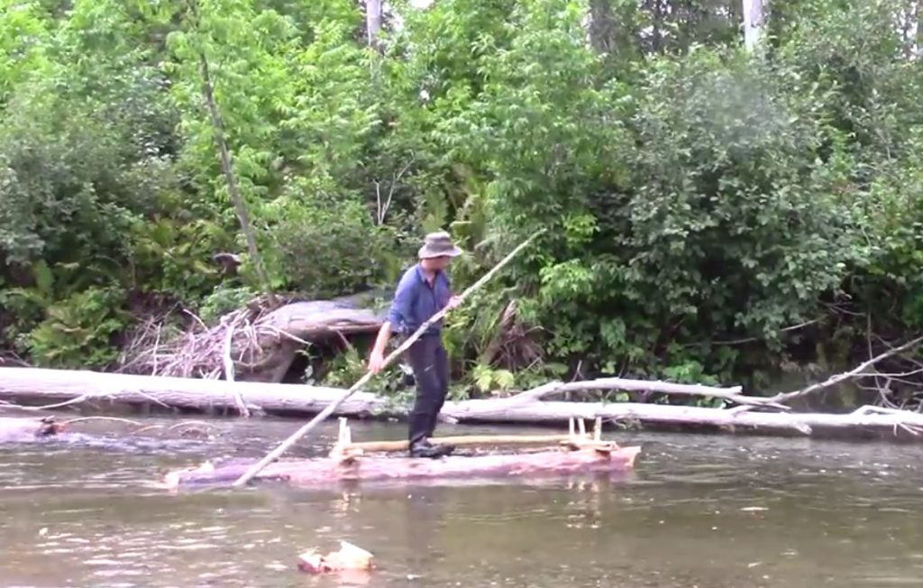 "Build Your Own ""Tom Sawyer"" Raft With No Rope"