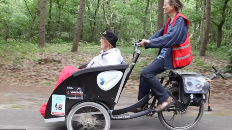 Volunteers Around the World Are Taking the Elderly On Rickshaw Rides in Nature